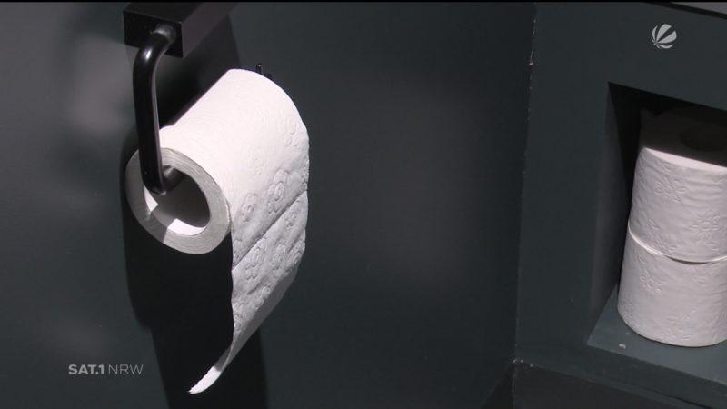 Aus Toiletten wird Kunst (Foto: SAT.1 NRW)
