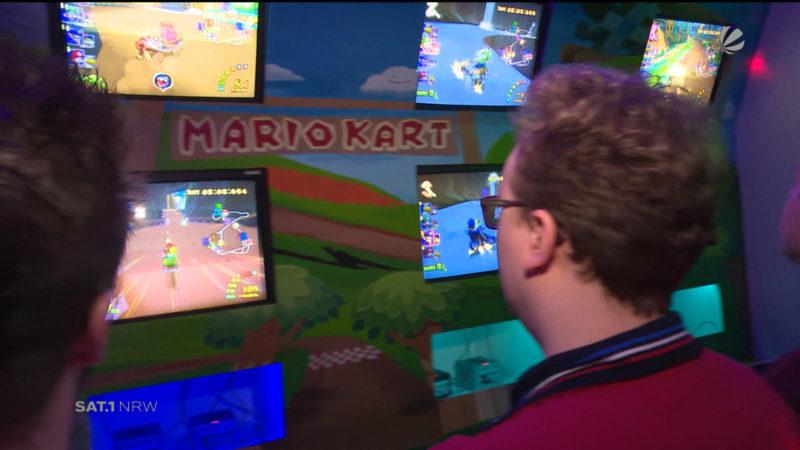Super-Mario-Kart-Wand (Foto: SAT.1 NRW)