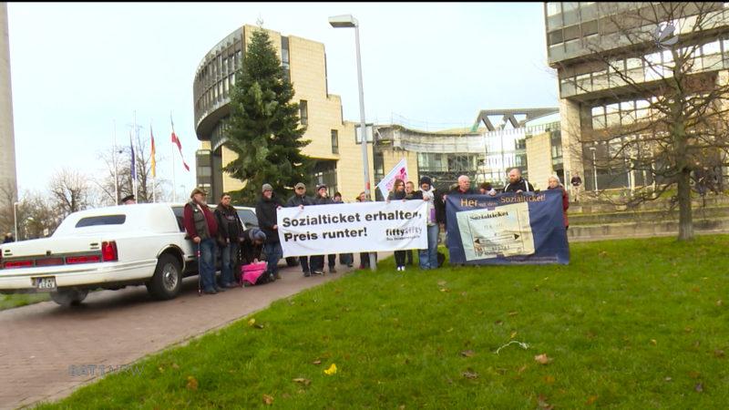 Demo für Sozialticket (Foto: SAT.1 NRW)