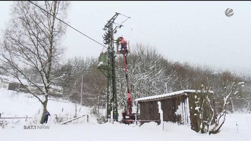 Schnee sorgt für Chaos in Bad Berleburg (Foto: SAT.1 NRW)
