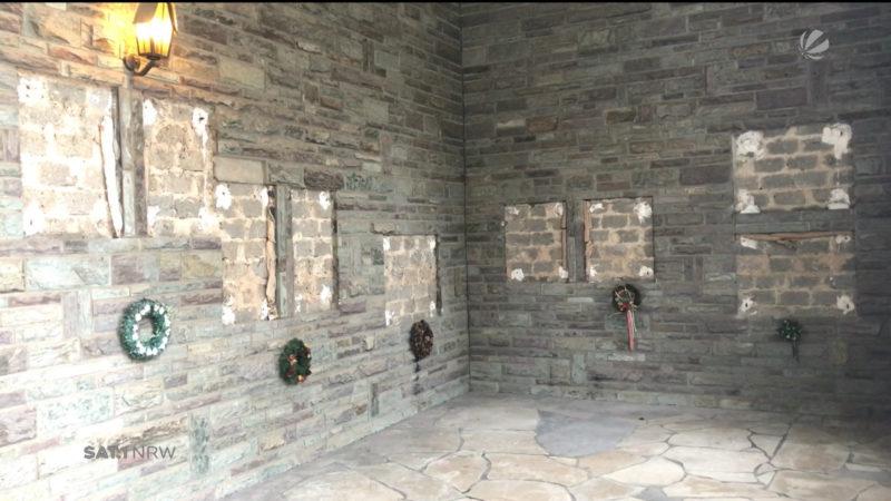 Bronzetafeln auf Friedhof geklaut (Foto: SAT.1 NRW)