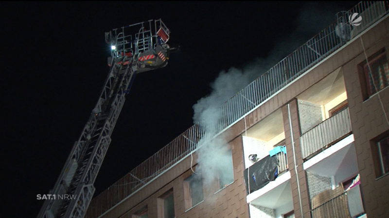 Castrop-Rauxel: 100 Menschen nach Feuer gerettet (Foto: SAT.1 NRW)