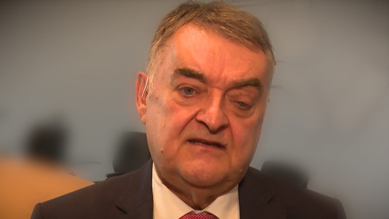 Innenminister Reul zum Polizeigesetz (Foto: SAT.1 NRW)