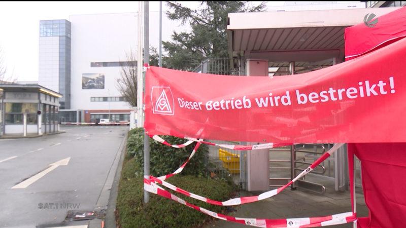 Trotz Rekordprämie: Daimler-Mitarbeiter streiken (Foto: SAT.1 NRW)