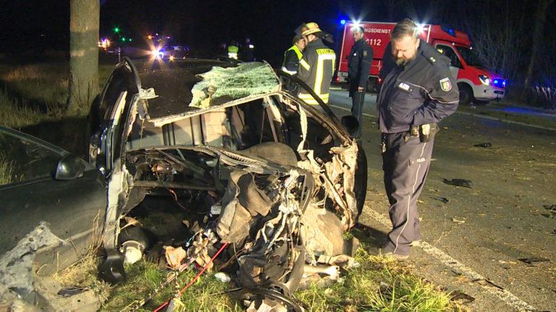Auto völlig zerrissen (Foto: SAT.1 NRW)