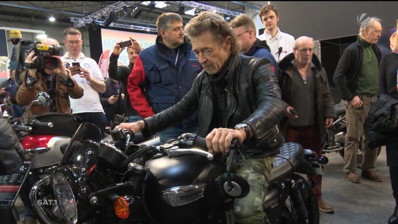 Mit Peter Maffay auf der Motorradmesse (Foto: SAT.1 NRW)