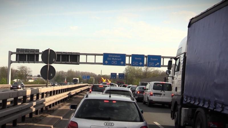 Der Verkehr soll fließen (Foto: SAT.1 NRW)
