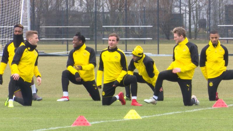 Arme Fussballprofis (Foto: SAT.1 NRW)
