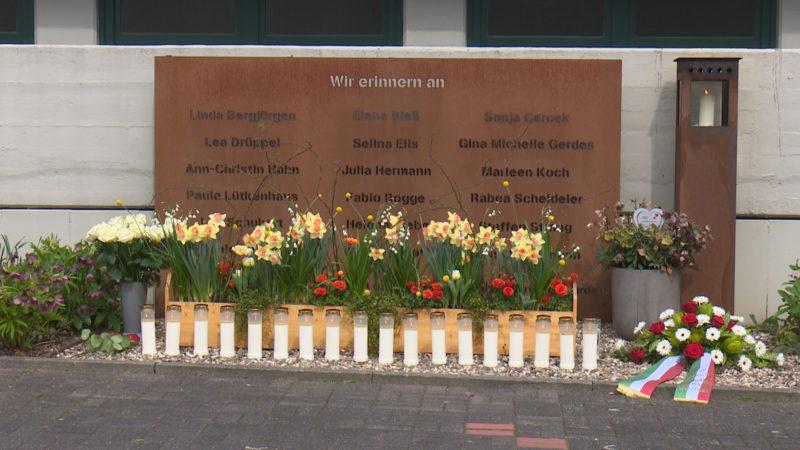 Zum Gedenken an die Opfer der GermanWings-Katastrophe (Foto: SAT.1 NRW)