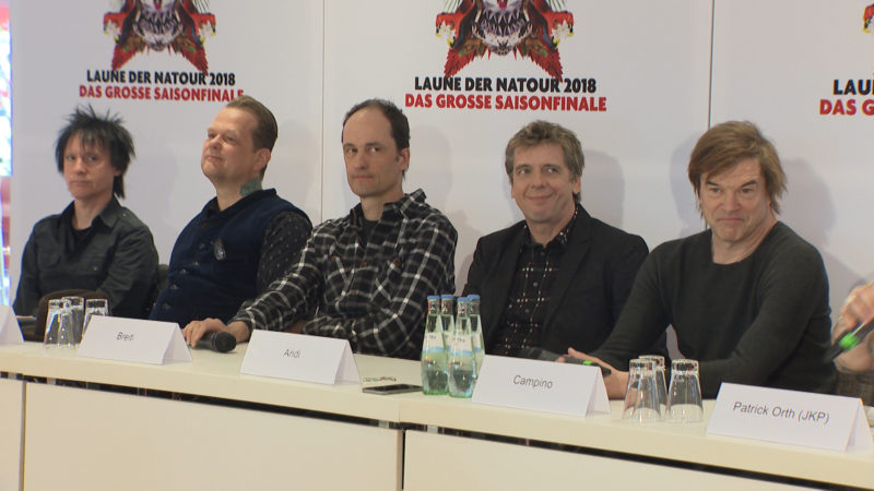 Die Toten Hosen übergeben Petition im Bundestag (Foto: SAT.1 NRW)