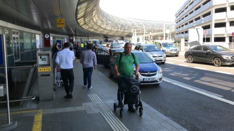 Parkskandal am Flughafen (Foto: SAT.1 NRW)