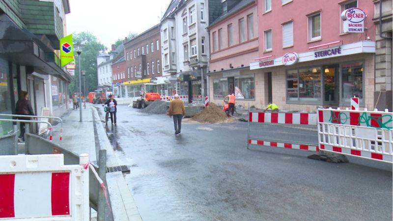 Neue Straße ruiniert Anwohner (Foto: SAT.1 NRW)
