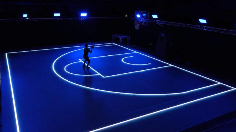 Hallenplatz der Zukunft - Das bringt Sportlerherzen zum Leuchten (Foto: SAT.1 NRW)