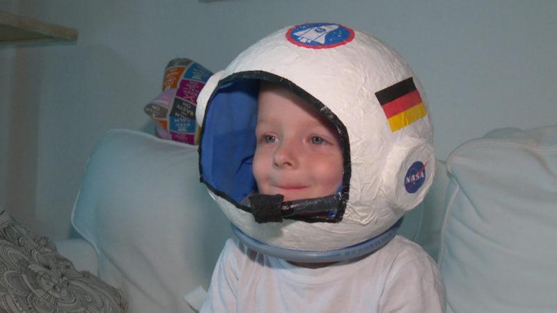 Kleiner Astronaut ganz groß (Foto: SAT.1 NRW)