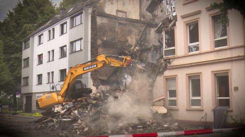 Nach Hausexplosion - Grenzenlose Hilfe für Bewohner (Foto: SAT.1 NRW)