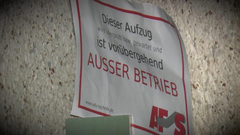 AUFZUG SEIT EINEM MONAT KAPUTT (Foto: SAT.1 NRW)