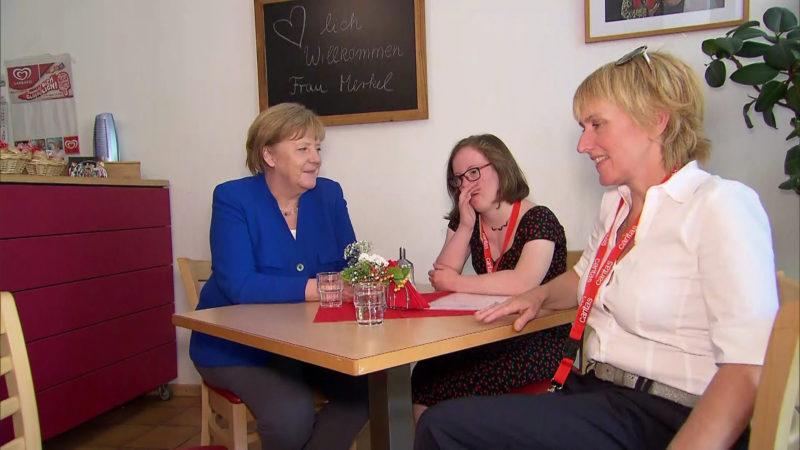 Merkel zu Gast bei Caritas (Foto: SAT.1 NRW)