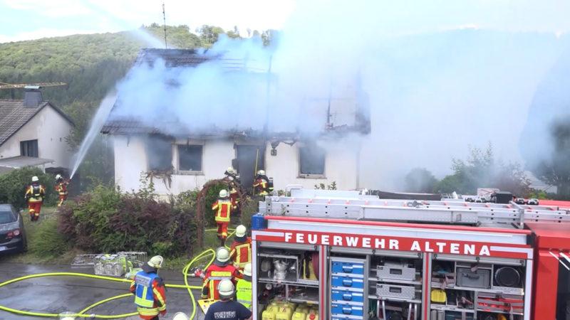 Haus-Explosion in Altena (Foto: SAT.1 NRW)