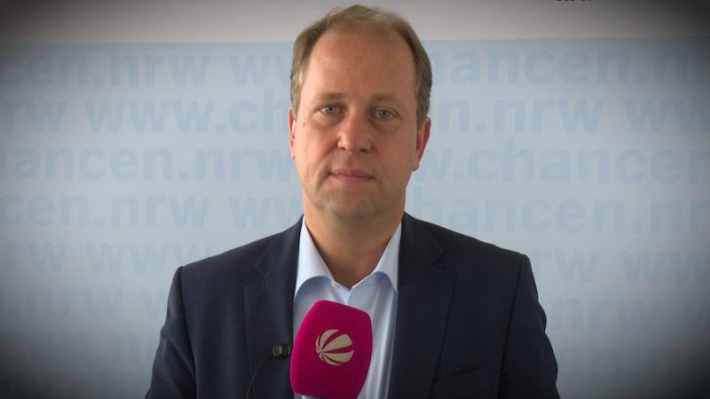 Joachim Stamp fordert harte Strafen gegen Sextäter (Foto: SAT.1 NRW)