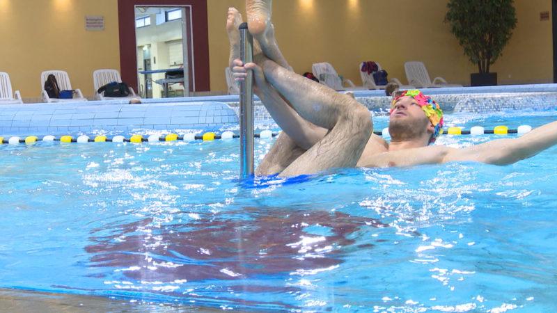 Poledance - jetzt auch im Wasser (Foto: SAT.1 NRW)