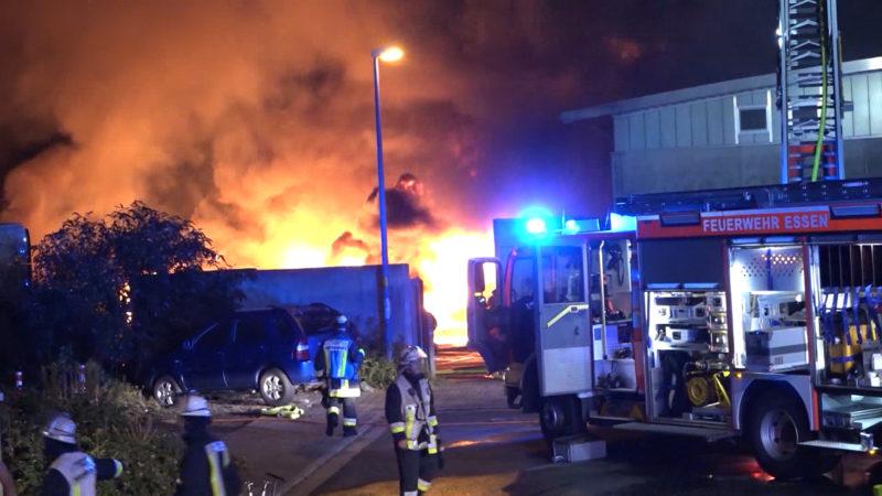 Grossbrand in Essen (Foto: SAT.1 NRW)