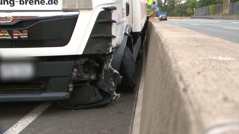 Herzinfarkt auf Autobahn (Foto: SAT.1 NRW)