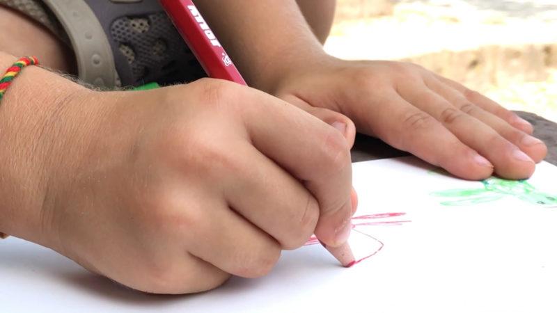 Fingerfähigkeiten sind bei Kindern schlechter (Foto: SAT.1 NRW)