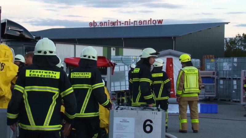 Säureaustritt nach Gabelstaplerbrand (Foto: SAT.1 NRW)