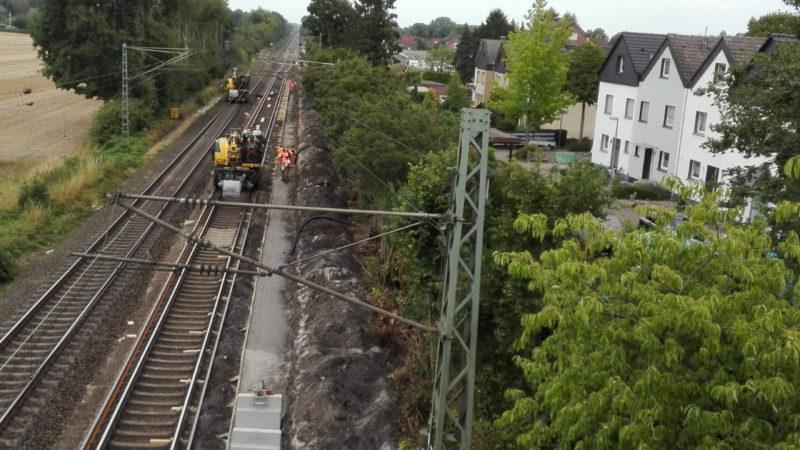 Zuglärm garantiert! (Foto: SAT.1 NRW)