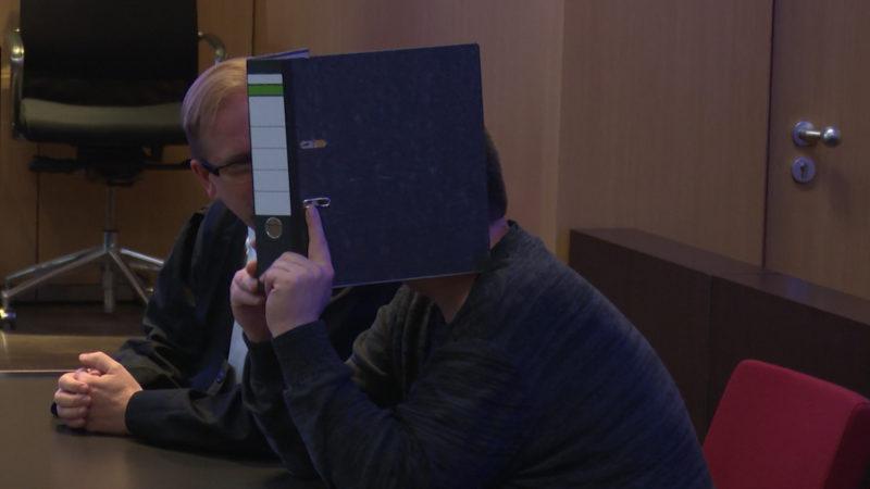 Düsseldorfer Koch erneut wegen Kindesmissbrauchs vor Gericht (Foto: SAT.1 NRW)