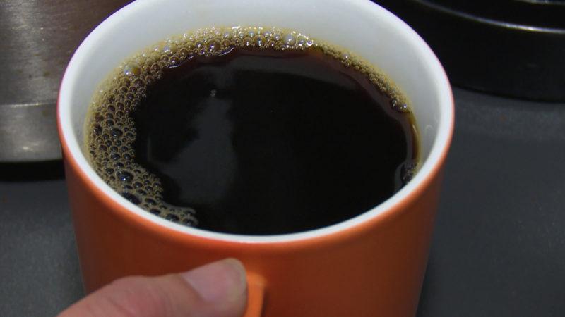 Kaffeekapseln, die zusammen mit dem Kaffee entsorgt werden, gelten nicht als Verpackung. Aber Kapseln, die nach Gebrauch leer sind, schon. (Foto: SAT.1 NRW)