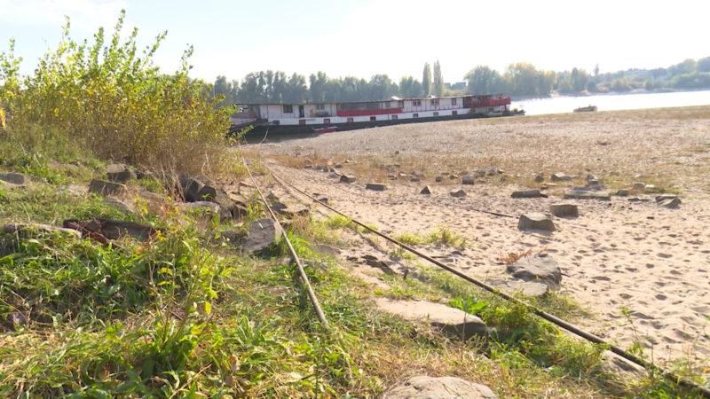 Rheinpegel niedrig wie lange nicht mehr (Foto: SAT.1 NRW)