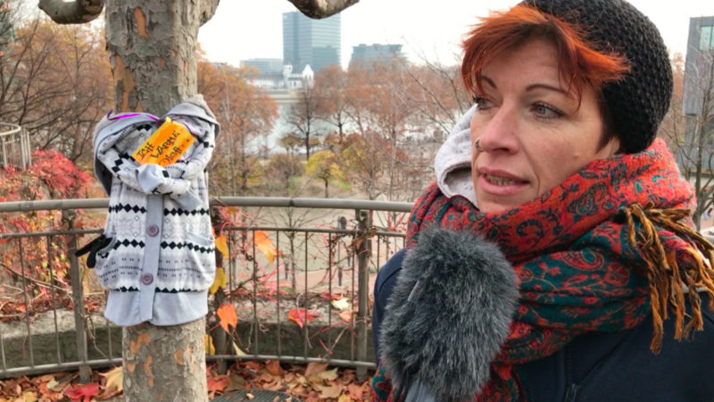 Gratis-Jacken für Obdachlose (Foto: SAT.1 NRW)