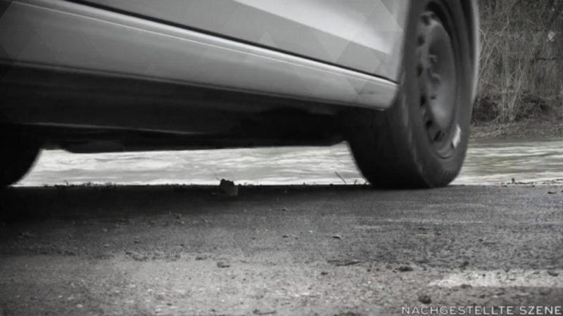 Autofahrer ertrinkt in der Ruhr (Foto: SAT.1 NRW)