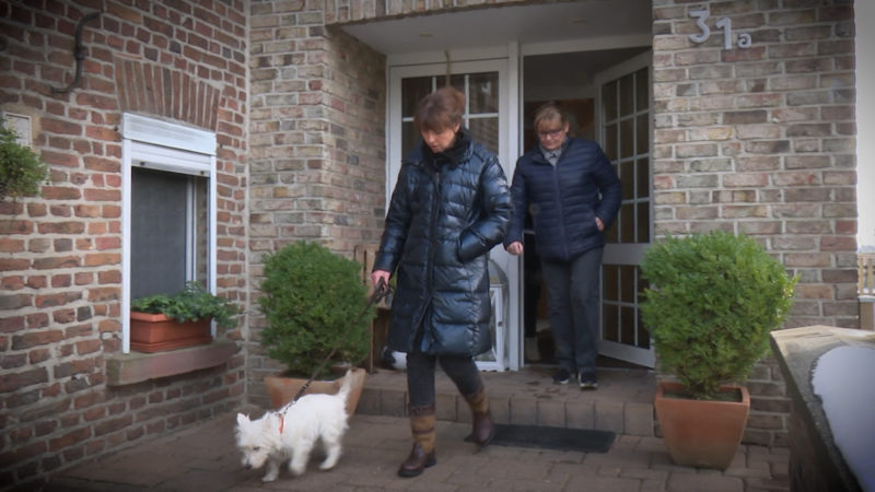 Familie macht sich Sorgen wegen Umsiedlung (Foto: SAT.1 NRW)