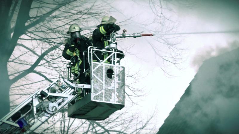 Zwei Tote nach Wohnungsbrand (Foto: SAT.1 NRW)