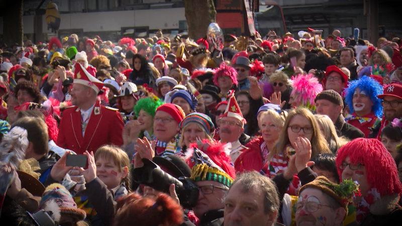 Karnevalszug in Gefahr? (Foto: SAT.1 NRW)