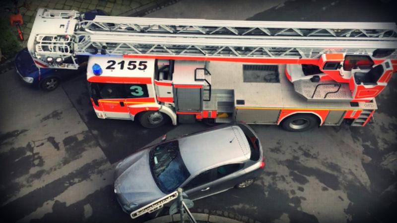 Falschparker behindern Rettungskräfte (Foto: SAT.1 NRW)
