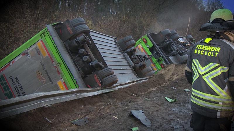 Unfall mit Viehtransporter (Foto: SAT.1 NRW)