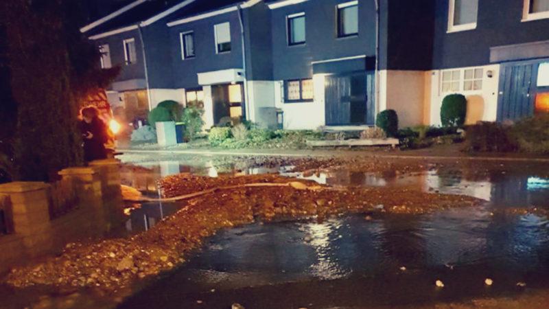 Schwere Wasserschäden nach Rohrbruch (Foto: SAT.1 NRW)