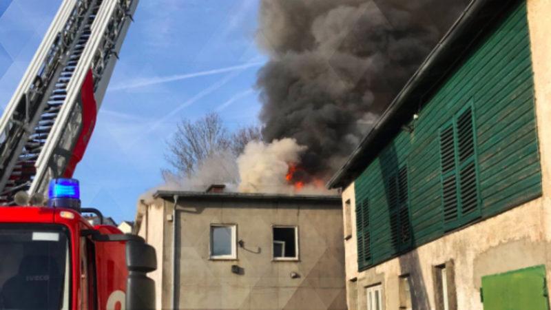 Drei Tote nach Feuer in Arnsberg (Foto: SAT.1 NRW)