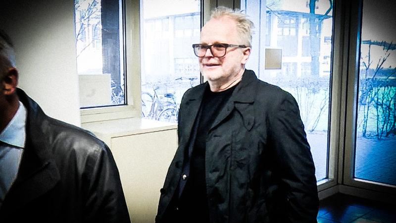 Grönemeyer als Zeuge vor Gericht (Foto: SAT.1 NRW)