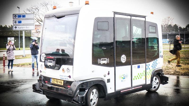 Flughafenbus ohne Fahrer (Foto: SAT.1 NRW)