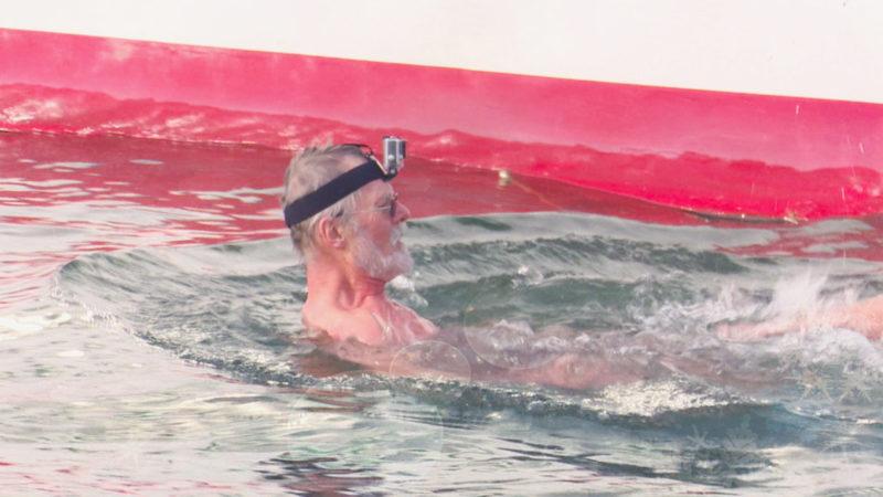 Winterschwimmer im Hennesee (Foto: SAT.1 NRW)