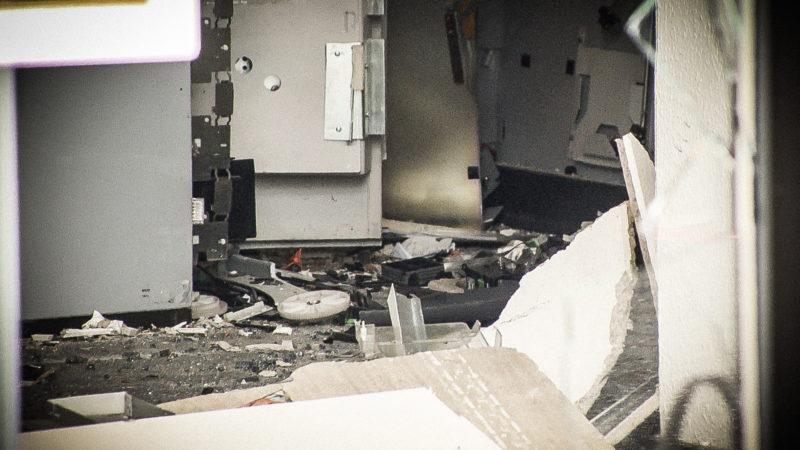 Geldautomat gesprengt (Foto: SAT.1 NRW)
