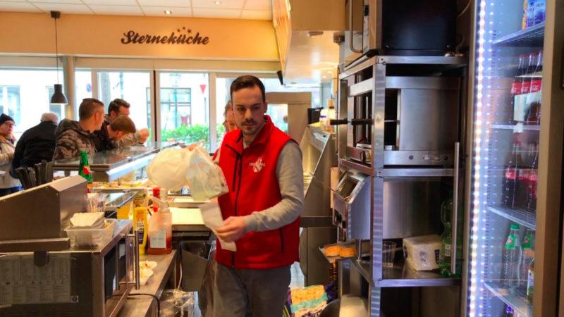 Lieferant wird Lebensretter (Foto: SAT.1 NRW)
