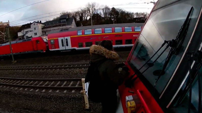 """Gefährlicher Jugendtrend """"Backriding"""" (Foto: SAT.1 NRW)"""