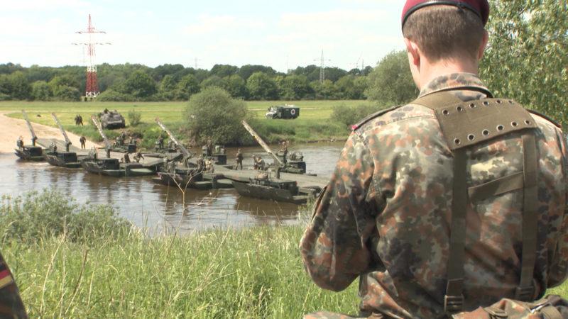 Bundeswehr benutzt jahrelang gefährlichen Löschschaum (Foto: SAT.1 NRW)