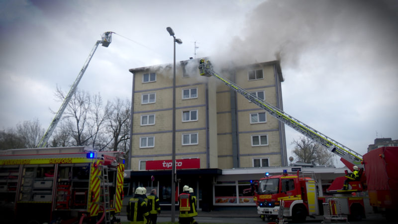GROSSBRAND IN HERFORD (Foto: SAT.1 NRW)