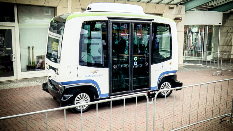 Selbstfahrende Elektrobusse (Foto: SAT.1 NRW)